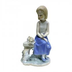 Scultura Bambina Seduta con Cagnolini in Fine Porcellana Lucida e Biscuit