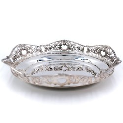 800 Sterling Silver glossy dish with lions edge