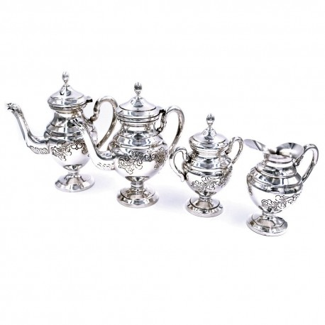 Italian Chiseled Solid Silver Tea and Coffee Set 4 Pieces