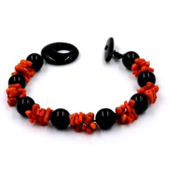 Coral and Onyx Spheres Bracelet
